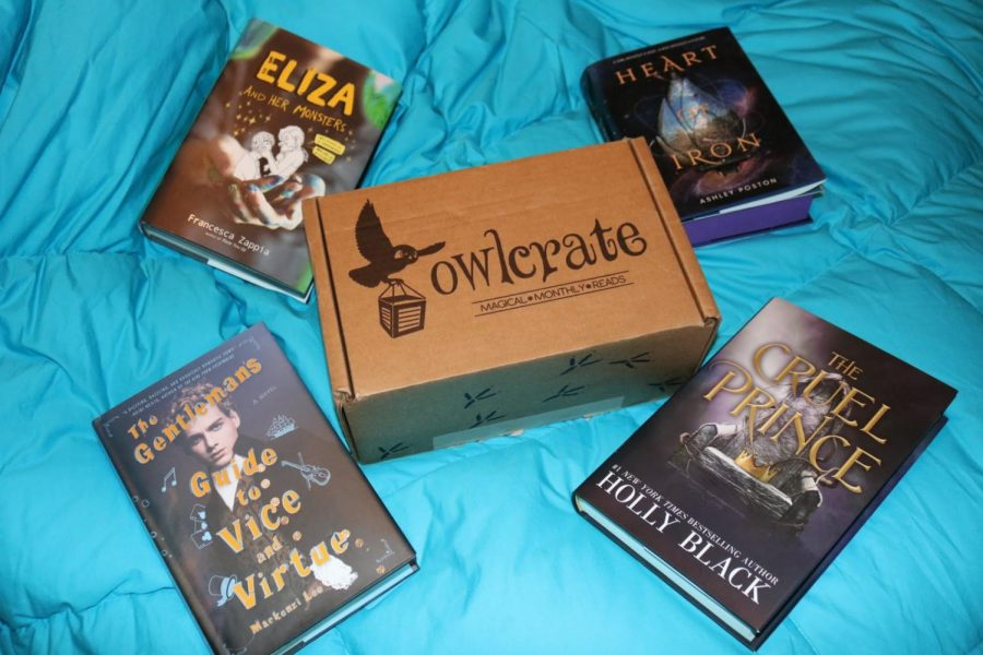 Featured+is+an+OwlCrate+box+with+four+of+the+exclusive+hardcover+editions+of+books+they+have+included+in+their+past+boxes.